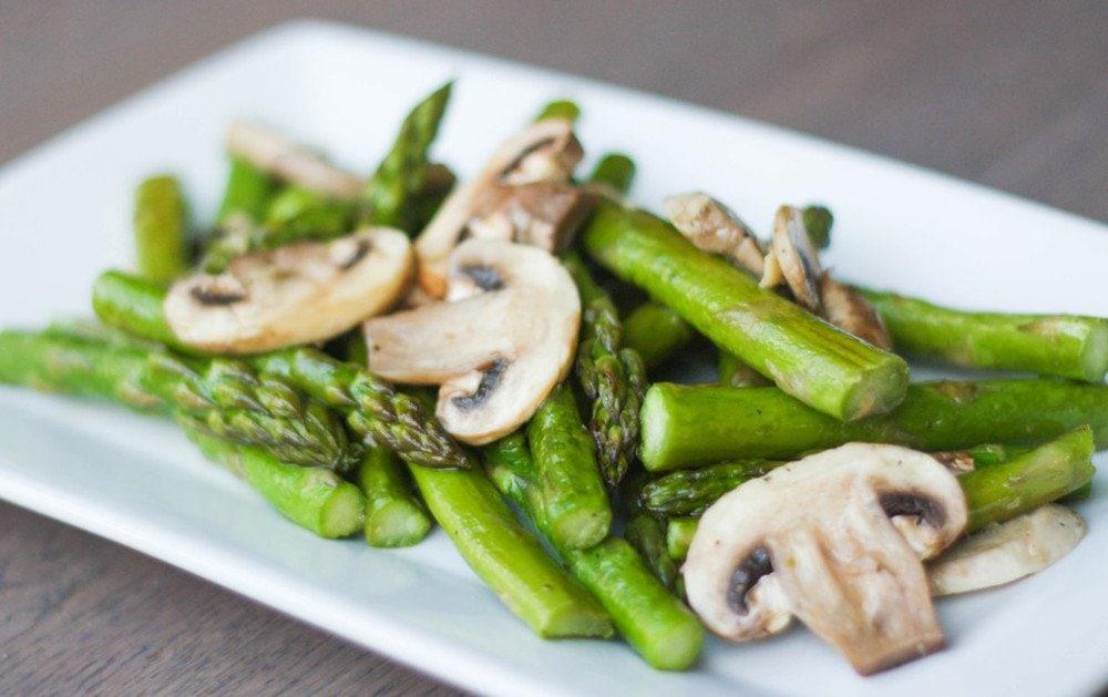 Roasted Garlic Asparagus and Mushrooms
